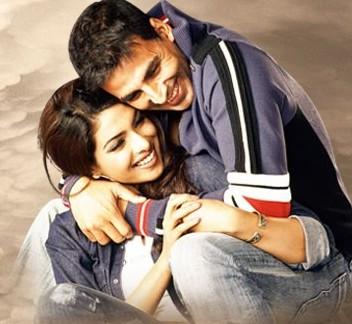 Akshay Kumar et Priyanka Chopra oublient leur passé et se reparlent .